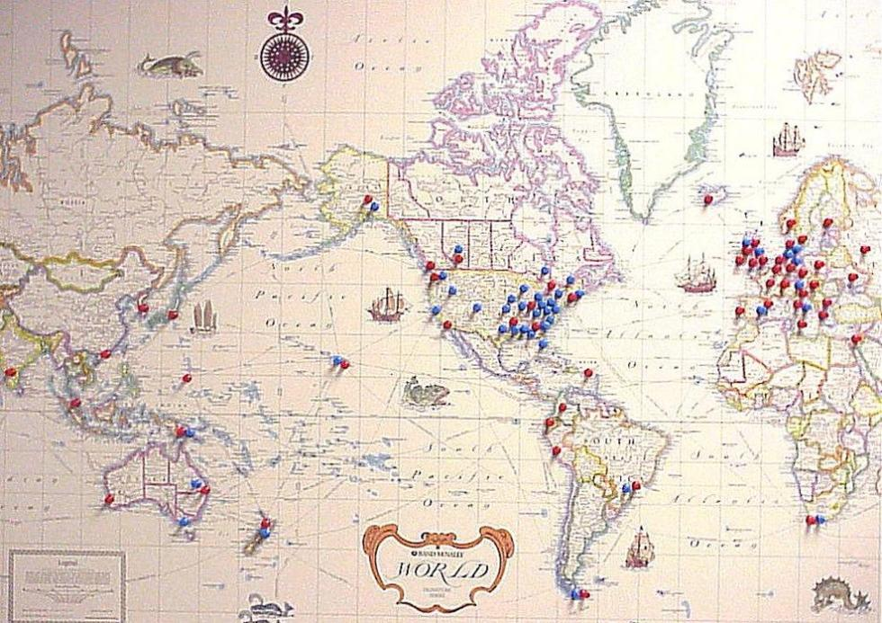 memory_table_travel_map